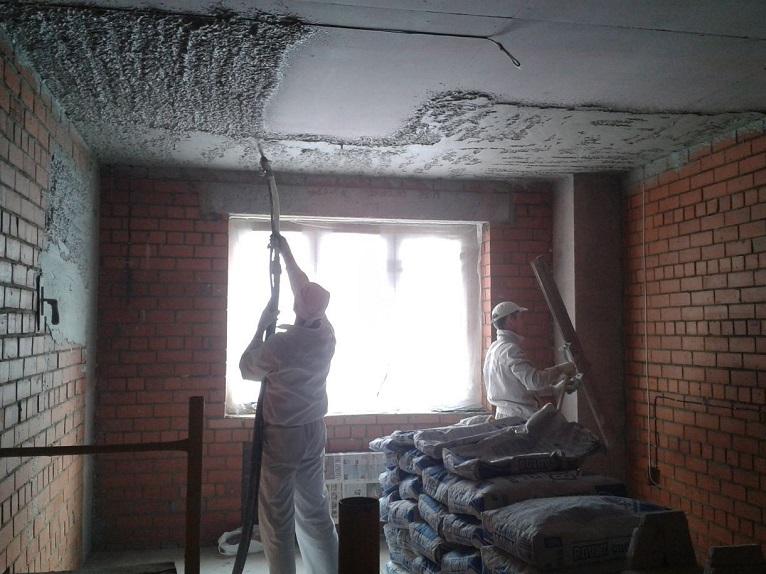штукатурка потолка в Москве цена