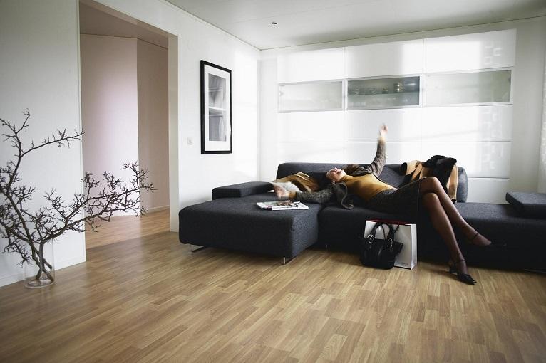 installer parquet flottant stratifi prix les meilleures entreprises parqueteurs rosny sous. Black Bedroom Furniture Sets. Home Design Ideas